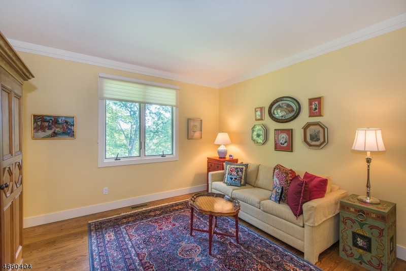 Additional photo for property listing at 20 Hillcrest Road  Boonton, New Jersey 07005 États-Unis