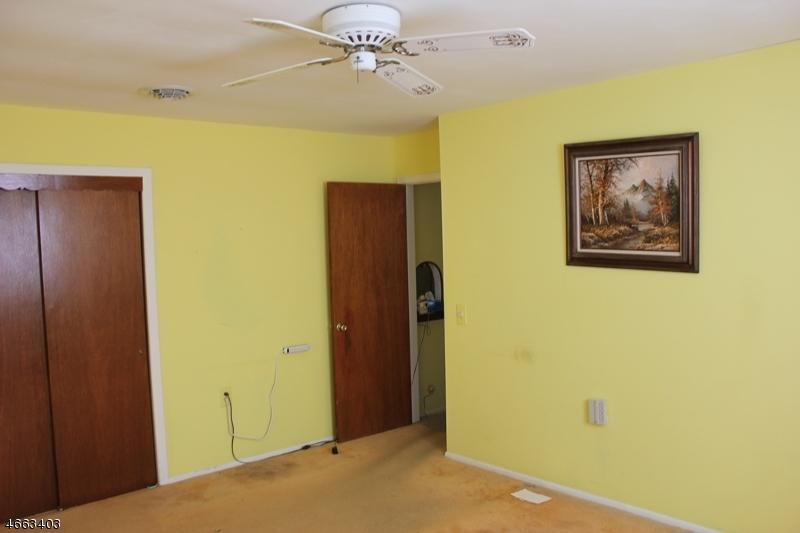 Additional photo for property listing at 146 Bonaire Drive  Toms River, Нью-Джерси 08757 Соединенные Штаты