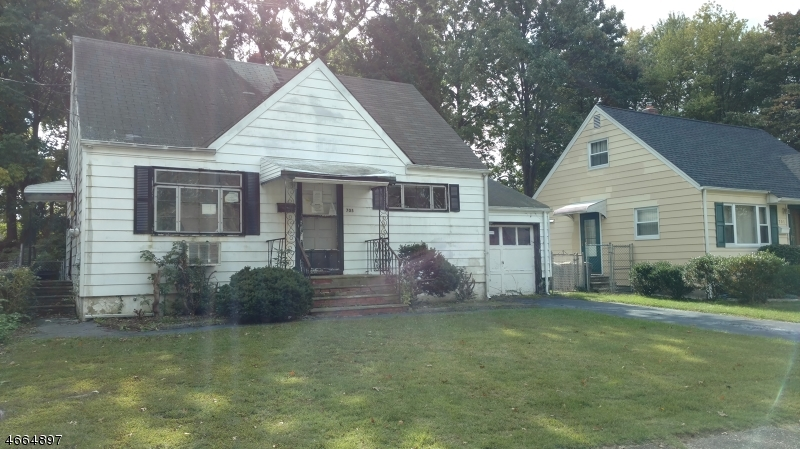 Additional photo for property listing at 705 Pinewood Road  Union, New Jersey 07083 United States