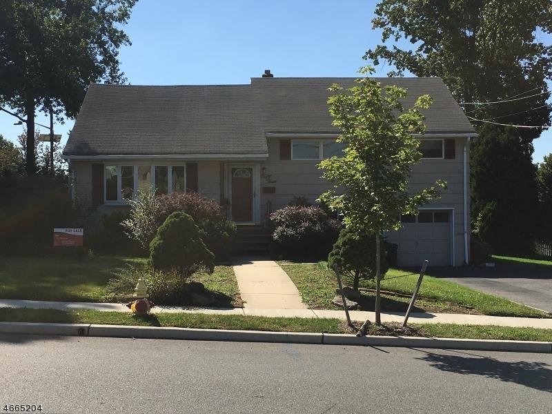 独户住宅 为 销售 在 53 Haddenfield Road 克利夫顿, 新泽西州 07013 美国