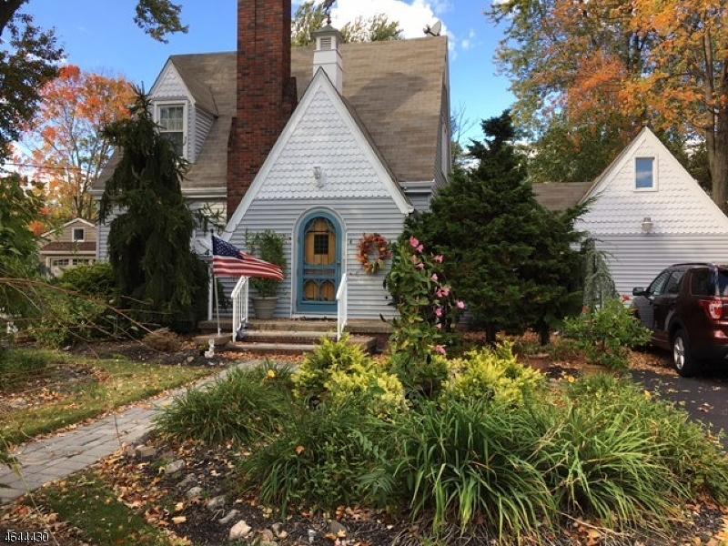 Casa Unifamiliar por un Venta en 4 Franklin Avenue Pompton Plains, Nueva Jersey 07444 Estados Unidos