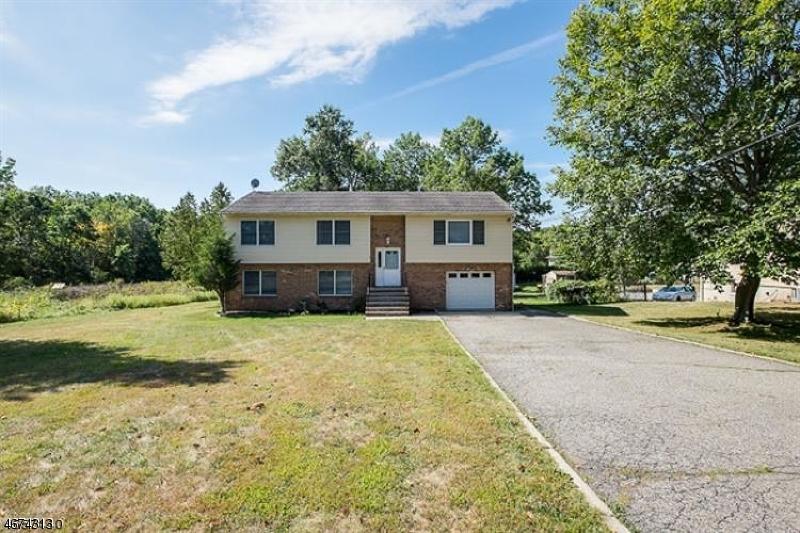Casa Unifamiliar por un Alquiler en 14 Troy Road Whippany, Nueva Jersey 07981 Estados Unidos