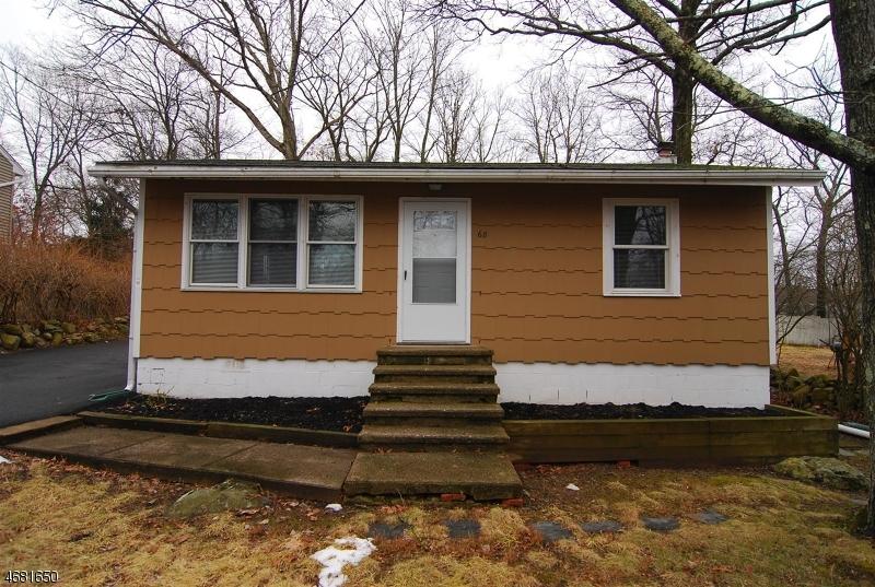 Maison unifamiliale pour l à louer à 68 Broadway Hopatcong, New Jersey 07843 États-Unis