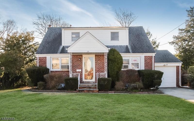Частный односемейный дом для того Продажа на 10 Wayne Road Fair Lawn, 07410 Соединенные Штаты