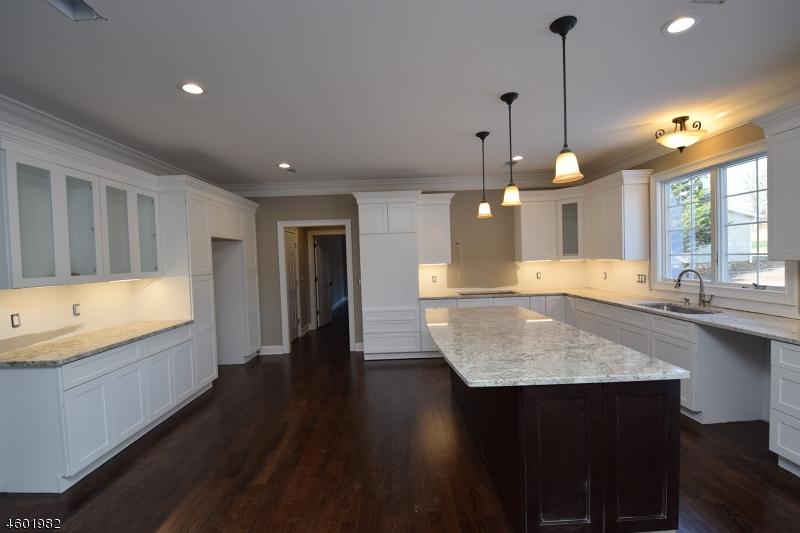 Casa Unifamiliar por un Venta en 787 Petron Place Bridgewater, Nueva Jersey 08807 Estados Unidos