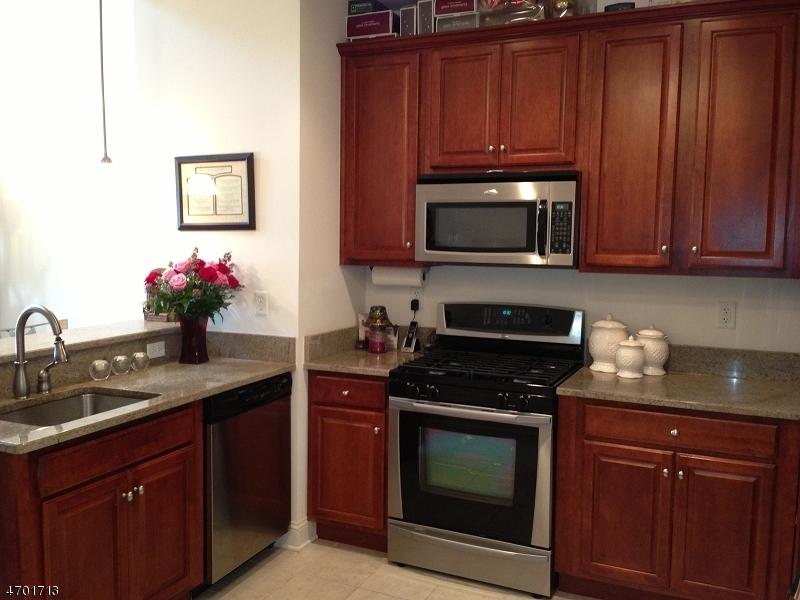 独户住宅 为 出租 在 6420 Brookhaven Court 里弗代尔, 新泽西州 07457 美国
