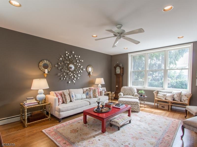 Casa Unifamiliar por un Venta en 49 Claremont Drive Maplewood, Nueva Jersey 07040 Estados Unidos