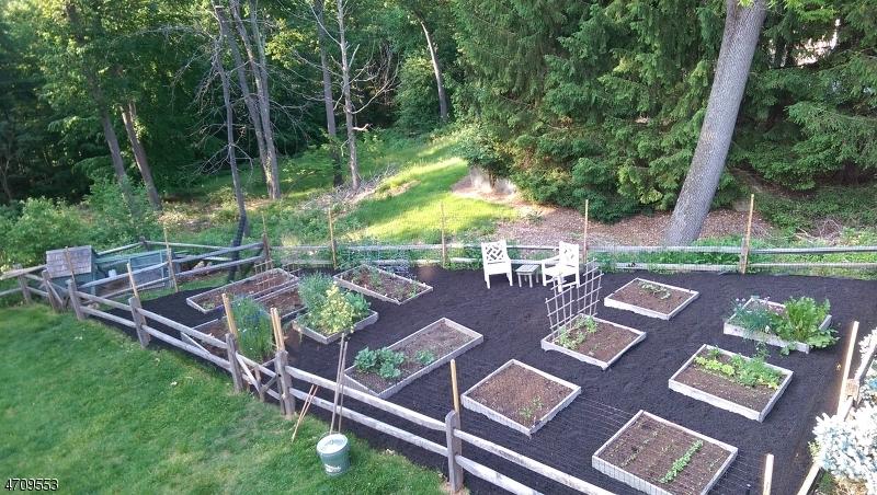 一戸建て のために 売買 アット 5 Forest View Drive 5 Forest View Drive Gladstone, ニュージャージー 07934 アメリカ合衆国