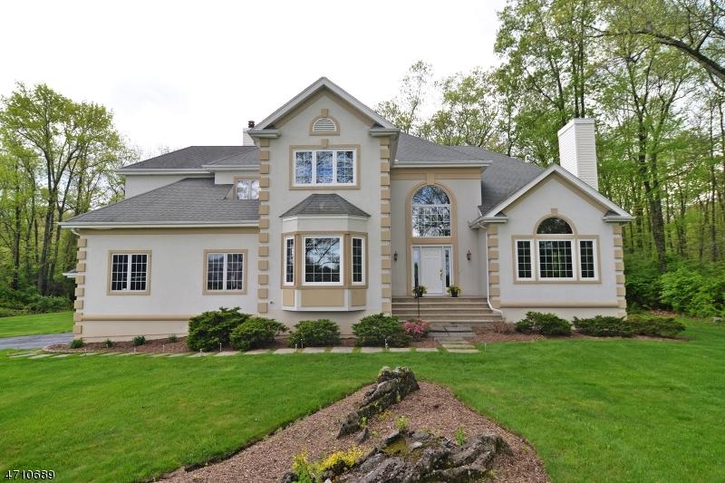 Частный односемейный дом для того Продажа на 3 Fox Run Drive Allamuchy, 07840 Соединенные Штаты