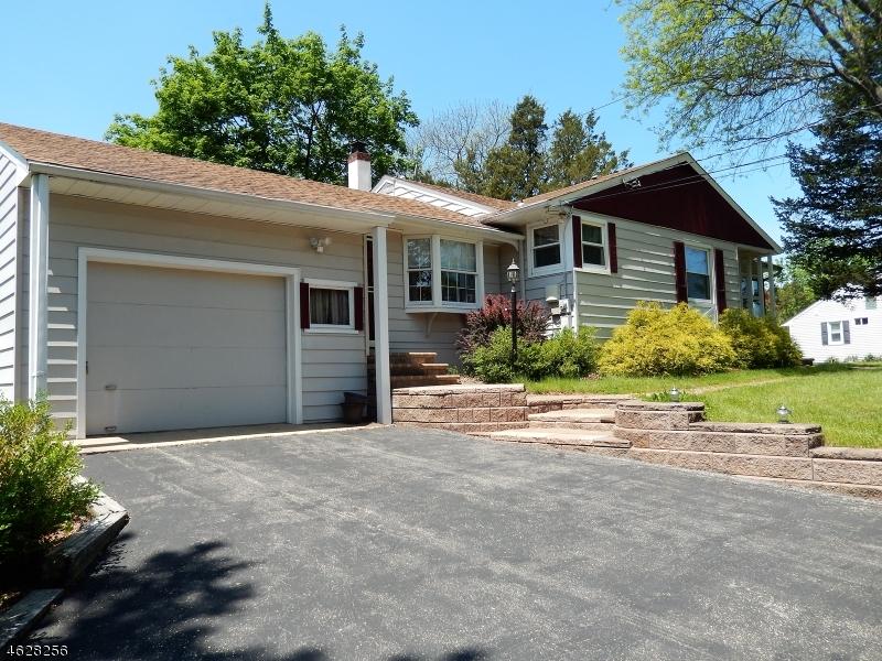 Casa Unifamiliar por un Alquiler en 467 Country Club Road Bridgewater, Nueva Jersey 08807 Estados Unidos