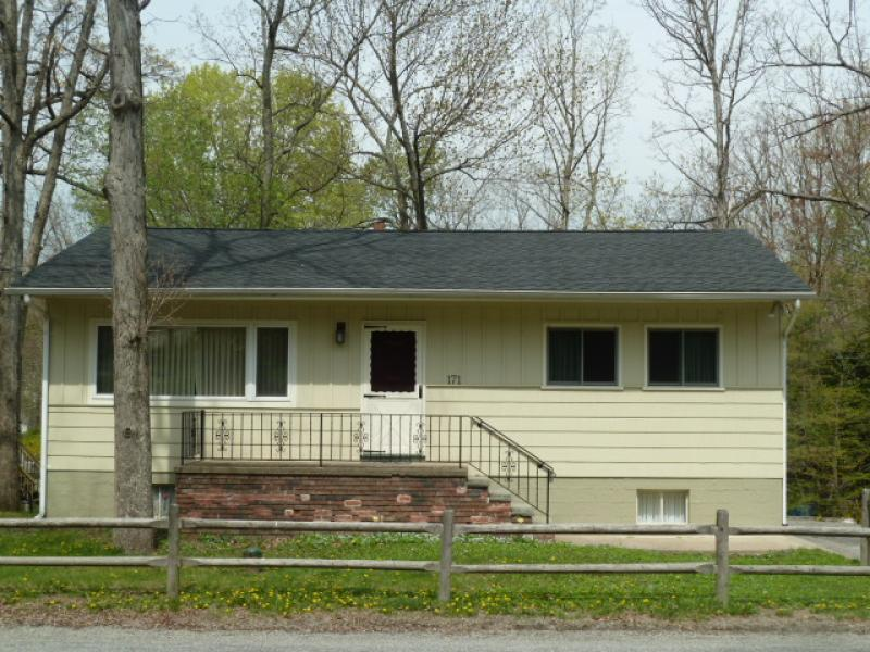 Single Family Home for Rent at 171 Lake Shore Drive West Milford, New Jersey 07421 United States
