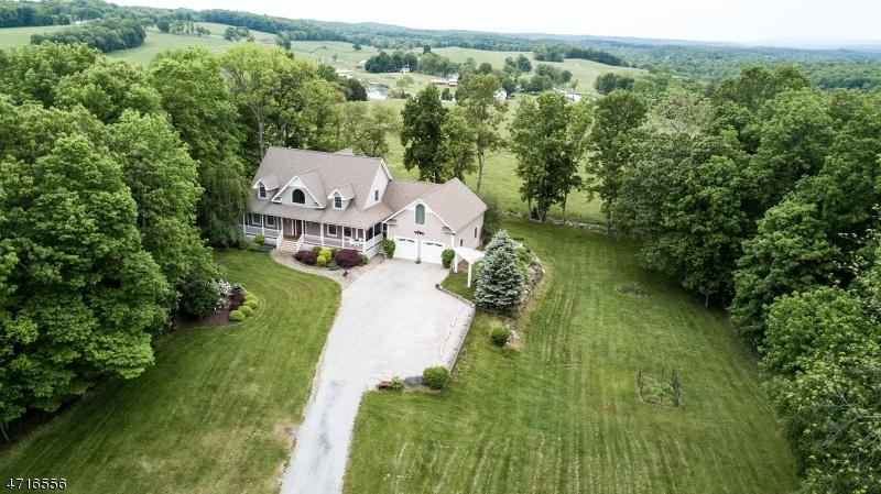 独户住宅 为 销售 在 106 Fredon Marksboro Road Fredon, 07860 美国