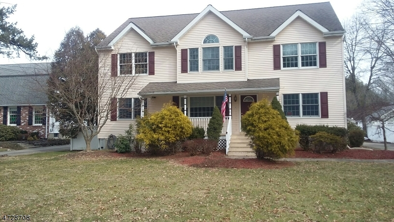 Single Family Home for Sale at 68 W End Avenue Pequannock, 07444 United States
