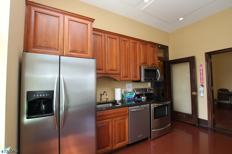 Additional photo for property listing at 4 Park Place  Newton, New Jersey 07860 United States