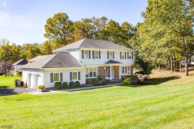 一戸建て のために 売買 アット 65 Poplar Drive 65 Poplar Drive Morris Plains, ニュージャージー 07950 アメリカ合衆国