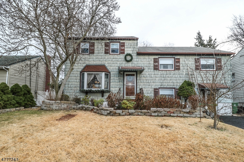 Single Family Home for Sale at 903 Kent Place Linden, New Jersey 07036 United States