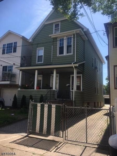 Vivienda multifamiliar por un Venta en 557 ADAMS Avenue Elizabeth, Nueva Jersey 07201 Estados Unidos
