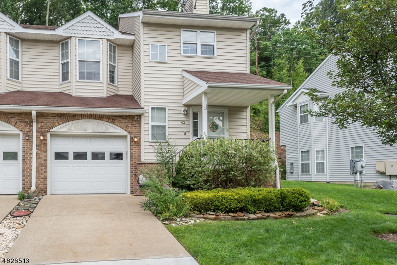 Condo / Townhouse for Sale at 63 ROCK CREEK TER Riverdale, New Jersey 07457 United States