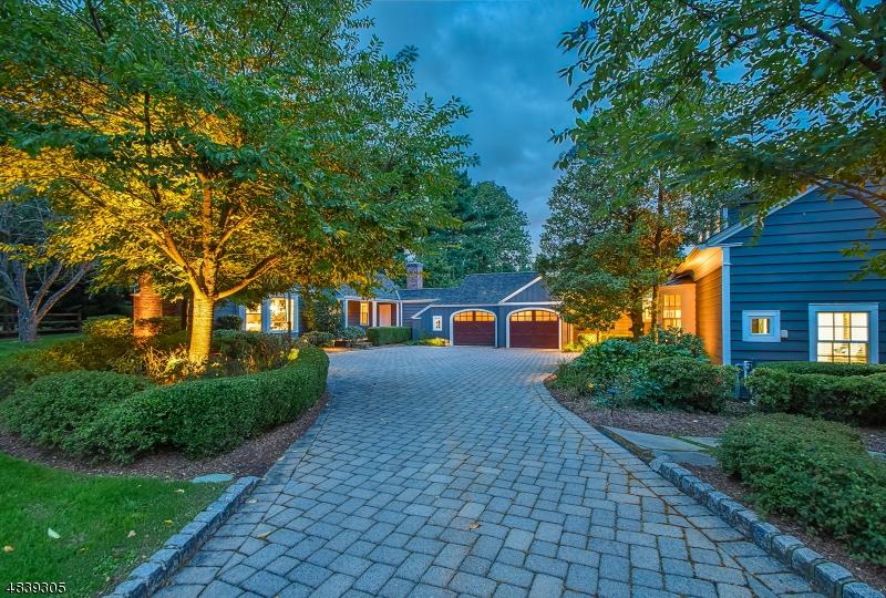 Single Family Home for Sale at 2 E BEECHCROFT RD 2 E BEECHCROFT RD Millburn, New Jersey 07078 United States