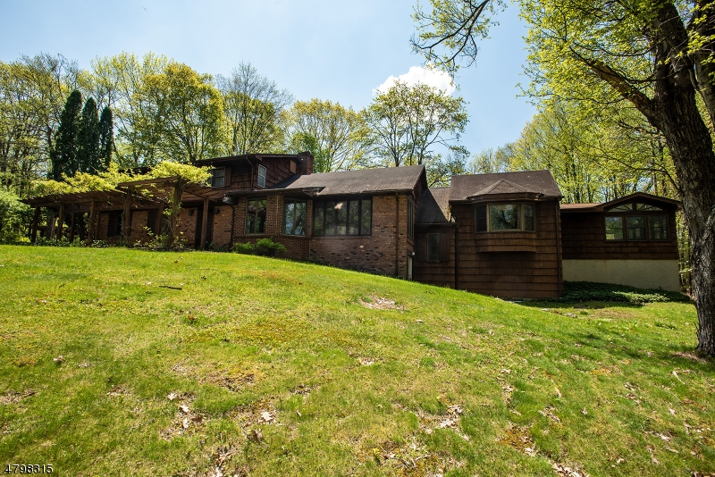 Single Family Home for Sale at 110 BIRCH DR 110 BIRCH DR Fredon Township, New Jersey 07860 United States