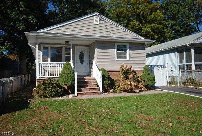 Single Family Home for Sale at 214 BECK Avenue South Bound Brook, New Jersey 08880 United States