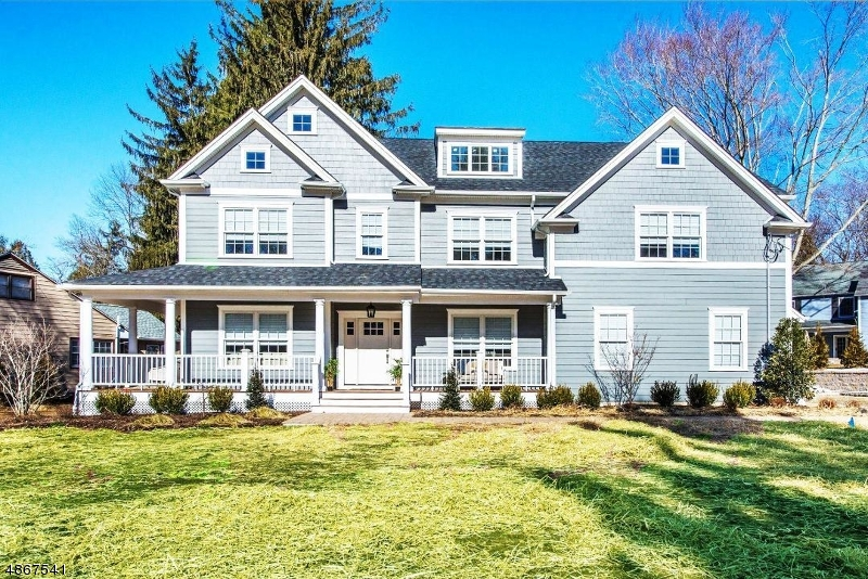 Single Family Home for Sale at 35 Beechwood Dr. 35 Beechwood Dr. Morris Township, New Jersey 07960 United States