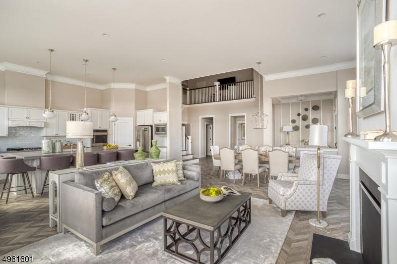 Single Family Homes للـ Sale في 34 Sequoia Drive Cedar Grove, New Jersey 07009 United States