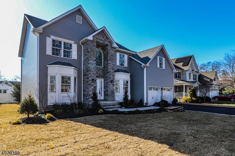 Property 为 销售 在 Clark, 新泽西州 07066 美国