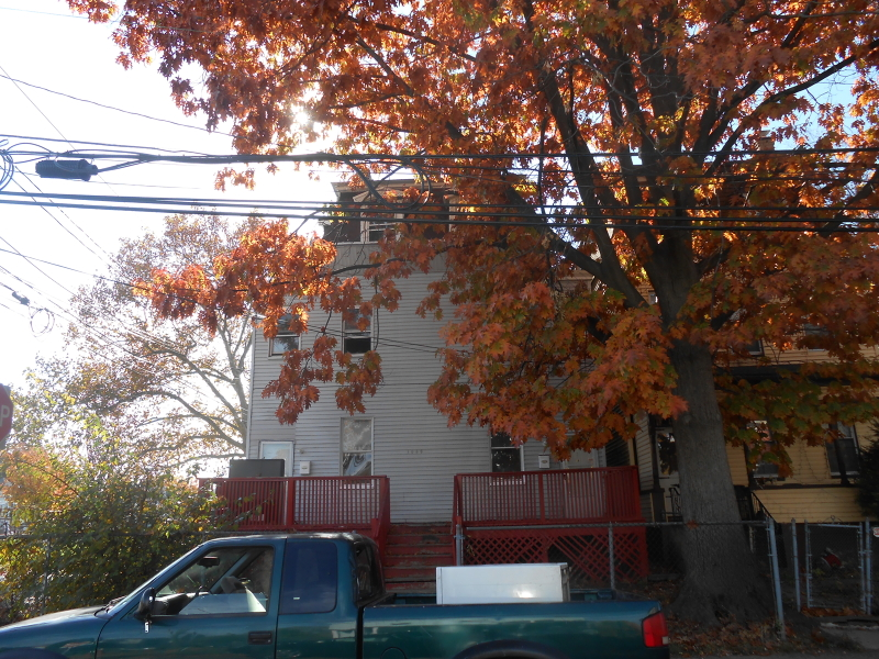 Additional photo for property listing at 1056 Mary Street  Elizabeth, New Jersey 07201 États-Unis