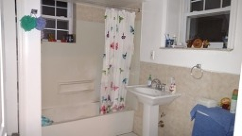 Additional photo for property listing at 371 Watsessing Avenue  Bloomfield, Нью-Джерси 07003 Соединенные Штаты