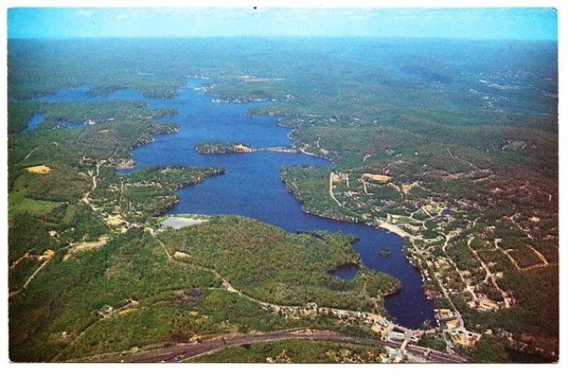 Commercial for Sale at 24 Mason Street Lake Hopatcong, 07849 United States