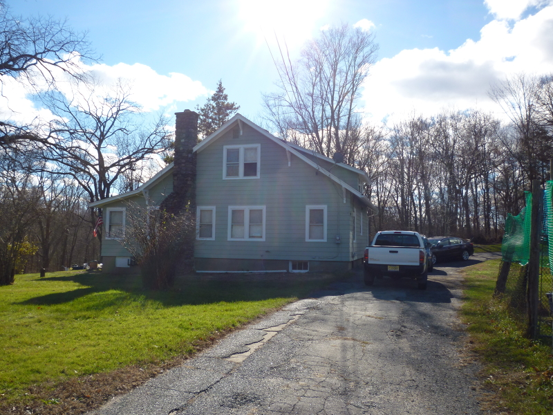 独户住宅 为 销售 在 106 Meridan Road Rockaway, 新泽西州 07866 美国