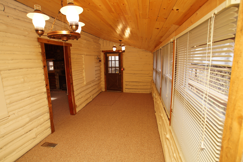 Additional photo for property listing at 2 NORTH SHORE EAST  Andover, Нью-Джерси 07821 Соединенные Штаты