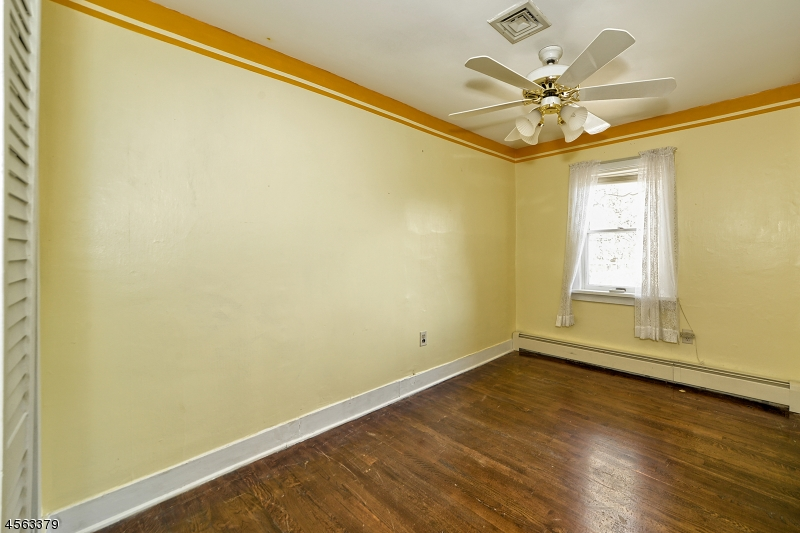 Additional photo for property listing at 118 Little Philadelphia  Washington, Нью-Джерси 07882 Соединенные Штаты