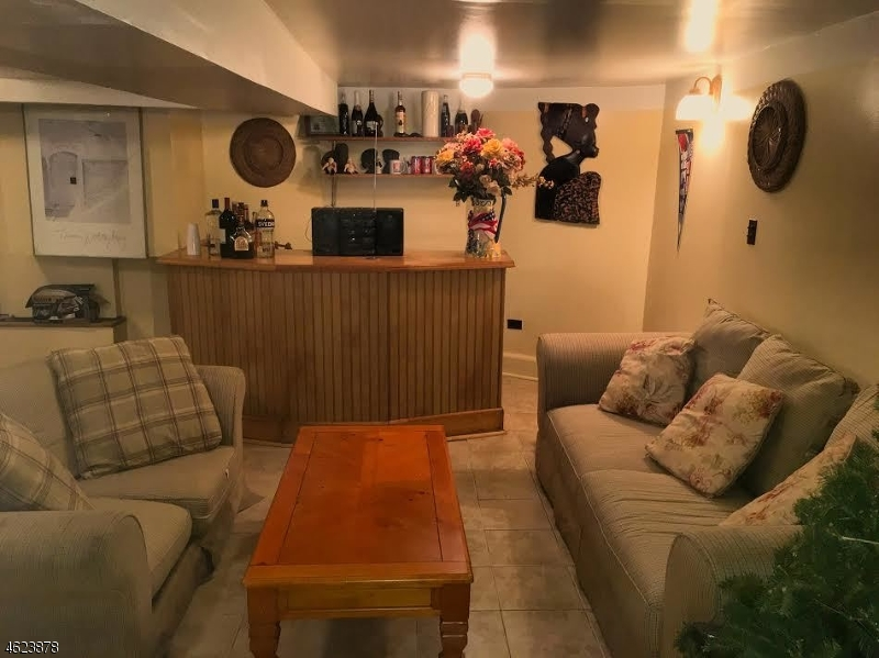 Additional photo for property listing at 58-60 LESLIE Street  Newark, New Jersey 07108 États-Unis