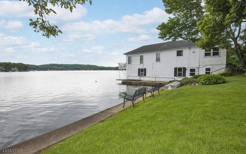 Additional photo for property listing at 165 Lakeside Blvd  Hopatcong, 新泽西州 07843 美国