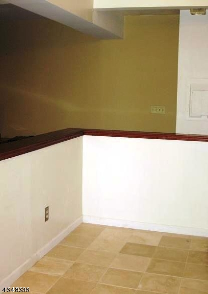 Additional photo for property listing at 19-31 Lyons Ave Unit 311  Newark, Nueva Jersey 07112 Estados Unidos