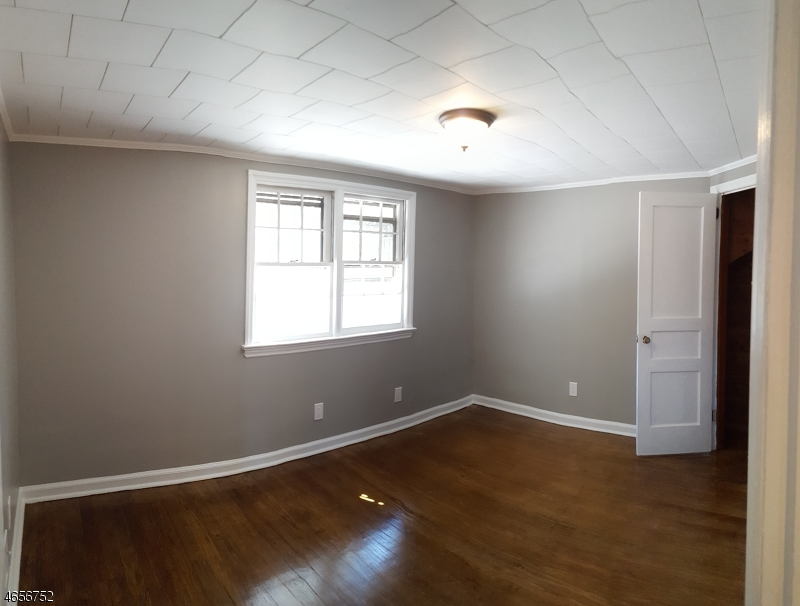 Additional photo for property listing at 658 UNION Street  Rahway, New Jersey 07065 États-Unis