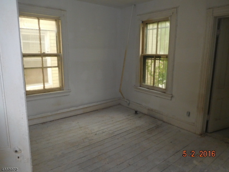Additional photo for property listing at 151 Streeteuben Street  East Orange, New Jersey 07018 United States