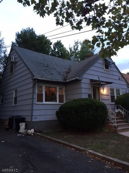 Additional photo for property listing at 405 Bartlett Street  Roselle, New Jersey 07203 United States