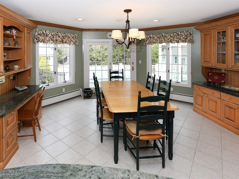 Additional photo for property listing at 28 Wickham Way  Chatham, New Jersey 07928 United States