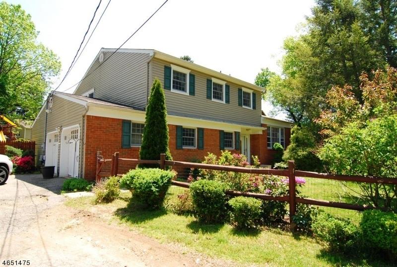 Частный односемейный дом для того Продажа на 185 Intervale Road Parsippany, 07054 Соединенные Штаты