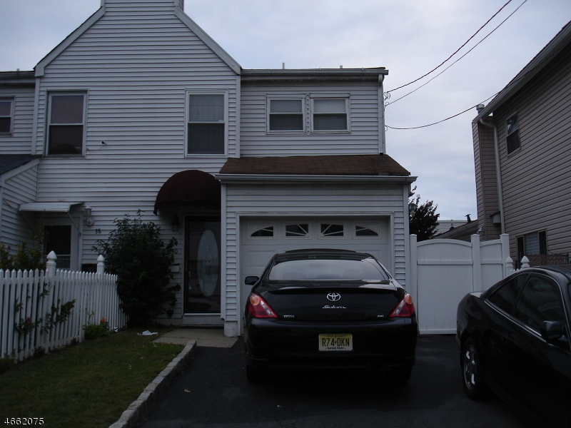 Additional photo for property listing at 40 Delaware Street  Elizabeth, Nueva Jersey 07206 Estados Unidos