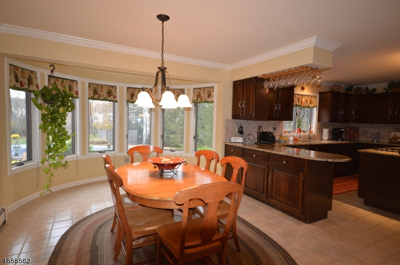 Additional photo for property listing at 22 Lake Field Terr  Sparta, New Jersey 07871 États-Unis