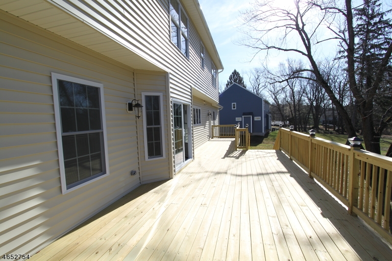 Additional photo for property listing at 659 Foothill Road  Bridgewater, New Jersey 08807 United States