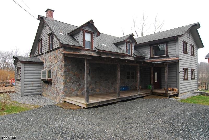 独户住宅 为 销售 在 25 Muller Road 牛顿, 新泽西州 07860 美国