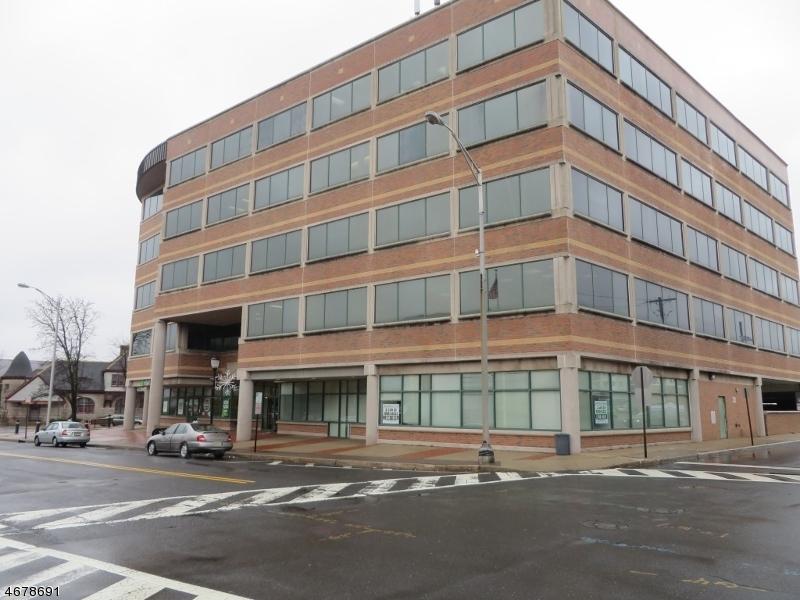 Commercial pour l Vente à 50 Division Street Somerville, New Jersey 08876 États-Unis
