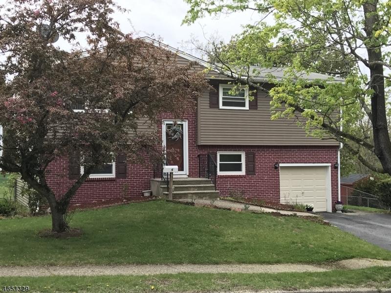 Casa Unifamiliar por un Alquiler en 9 Trenton Place Newton, Nueva Jersey 07860 Estados Unidos
