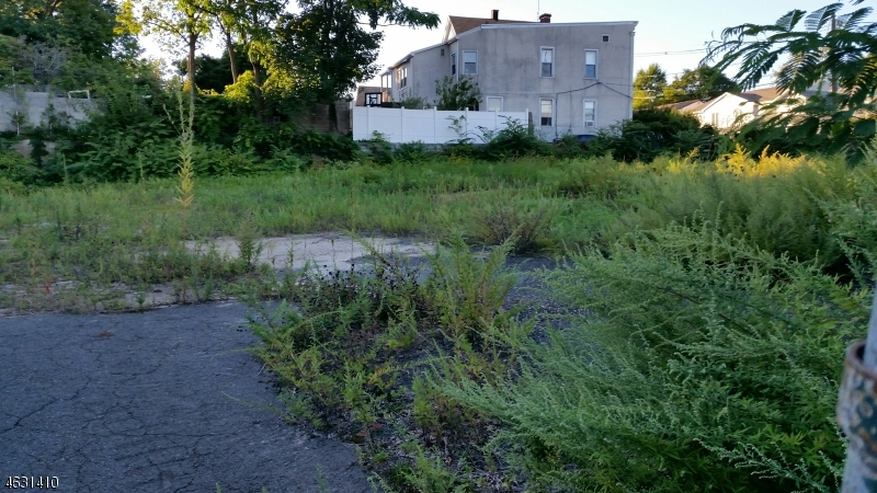 Terrain pour l Vente à 59-65 JANNARONE Street Belleville, New Jersey 07109 États-Unis
