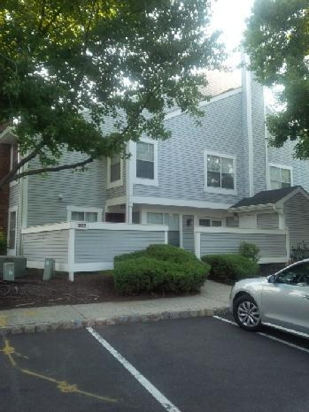 Single Family Home for Rent at 202 Westchester Ct, 1 , Union, New Jersey 07083 United States